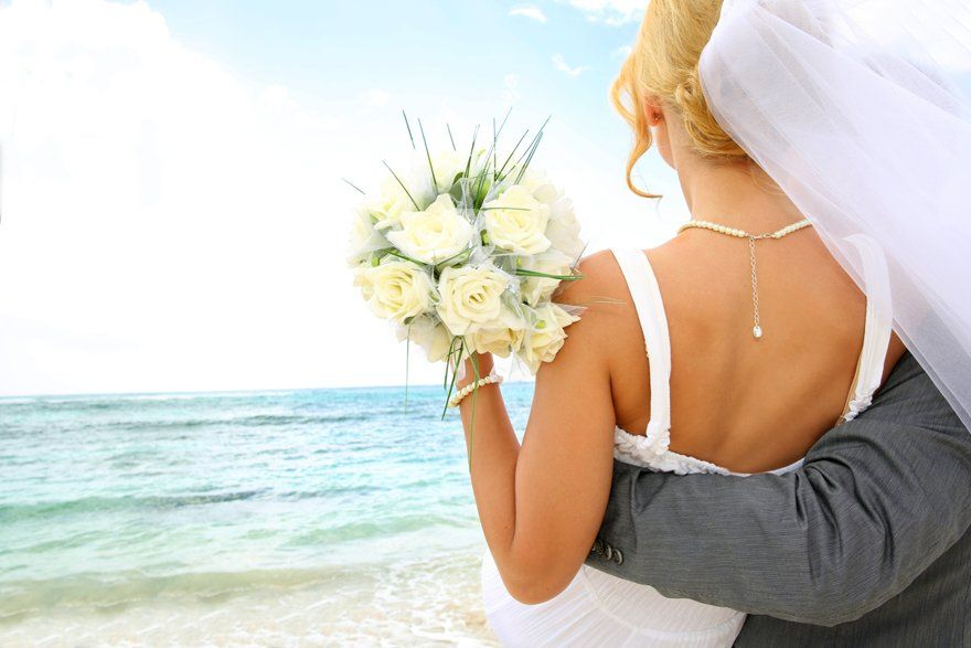 Wedding by the sea in Punta Cana