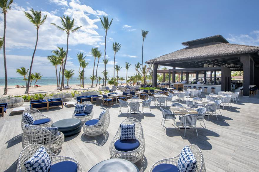 Lopesan Costa Bavaro's beach bar